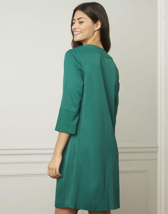 Grünes Kleid mit V-Ausschnitt Lina (3) - Maison 123