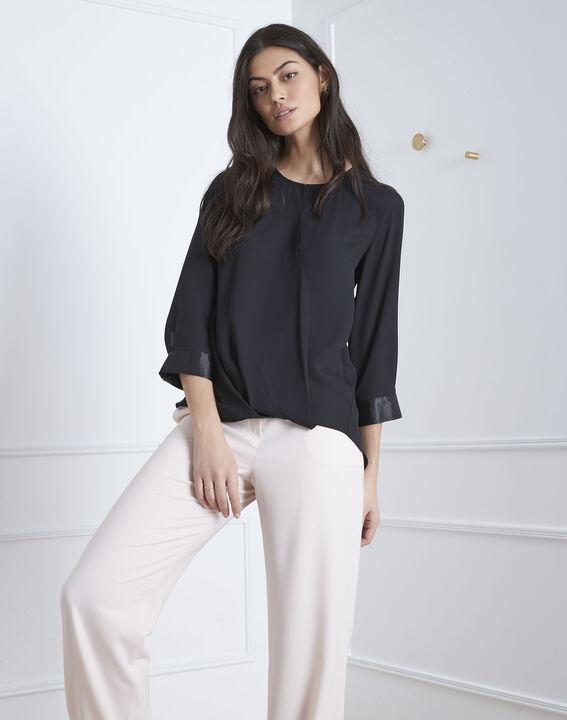 Zwarte blouse met details met satijnen effect Valeria (1) - Maison 123