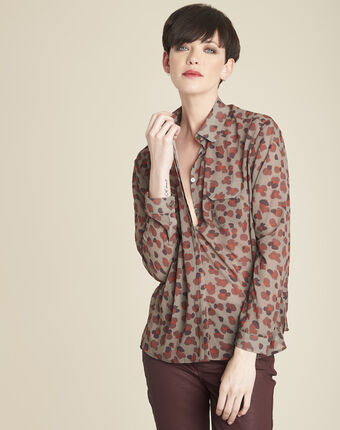 Lichtgroene blouse met camouflageprint canelle kaki.