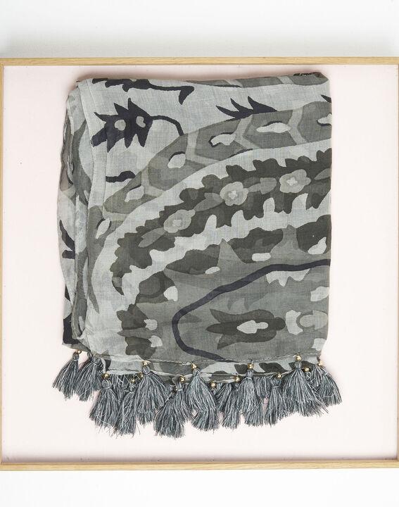 Kaki sjaal met franjes van modaal Fama PhotoZ | 1-2-3