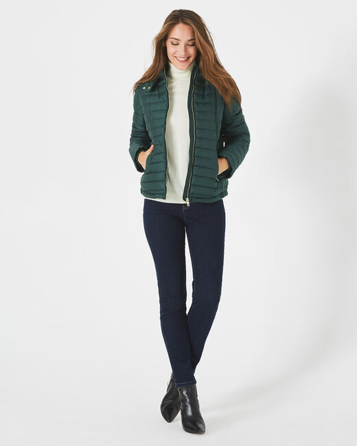 Louise short quilted jacket in forest green with a rounded collar (2) - 1-2-3