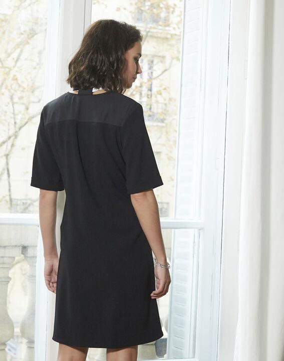 Schwarzes Kleid mit Schleife aus Kreppstoff Djamila (4) - 1-2-3