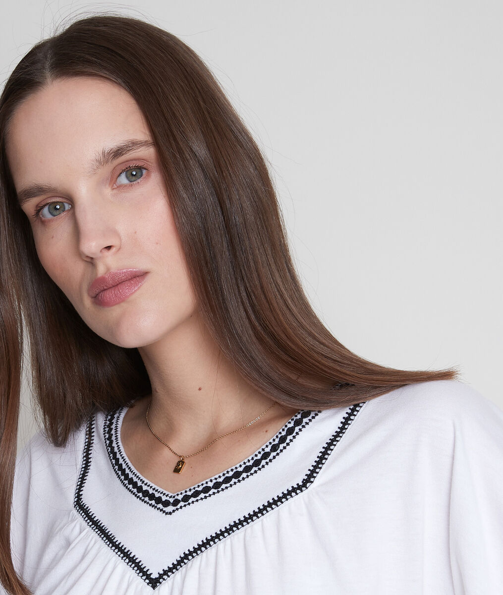 Tee-shirt loose brodé blanc Eglantine PhotoZ   1-2-3