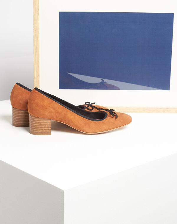Kalista camel velvet-effect shoes with square heels (1) - 1-2-3