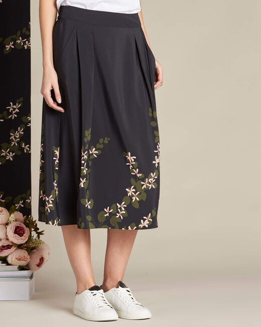 Lilea black mid-length skirt with floral print (2) - 1-2-3
