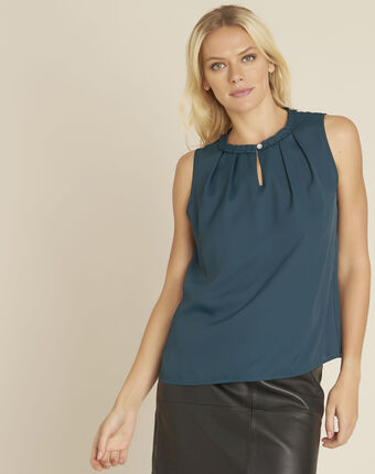 Fanette green top with decorative neckline forest green.