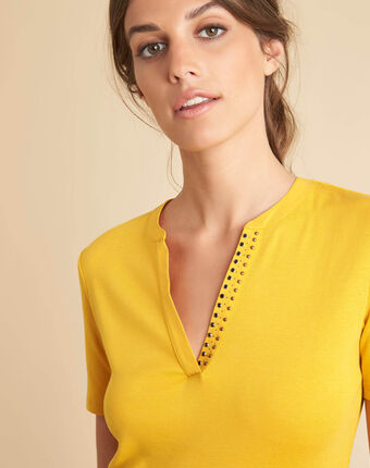 Episod yellow t-shirt with mandarin neckline and studs sun.