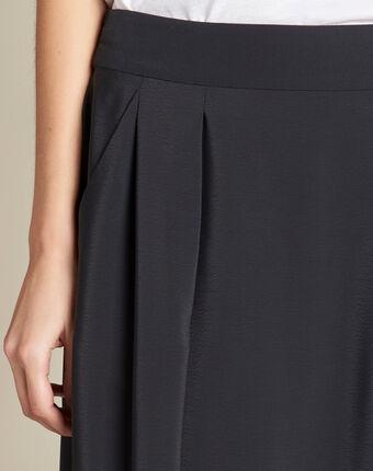 Lilea black mid-length skirt with floral print black.