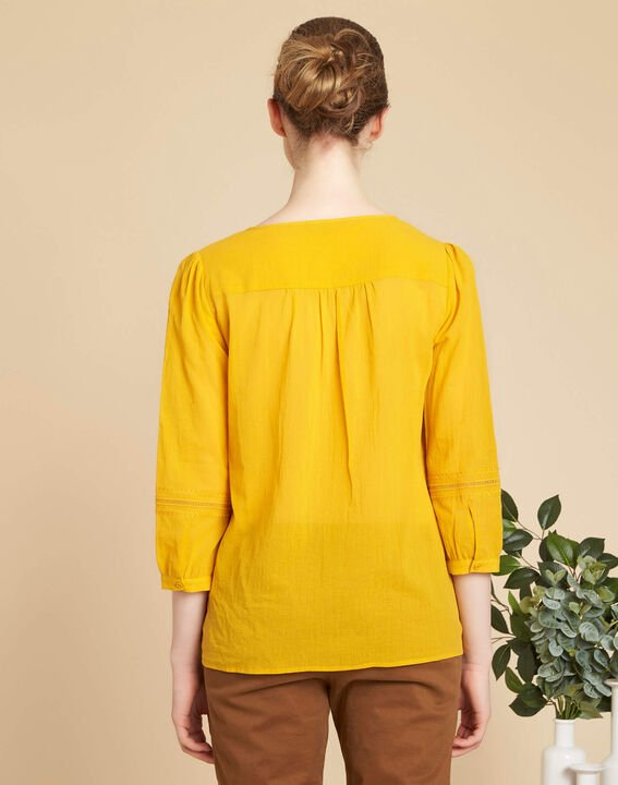 Gabi yellow blouse with lace at the neckline (4) - 1-2-3