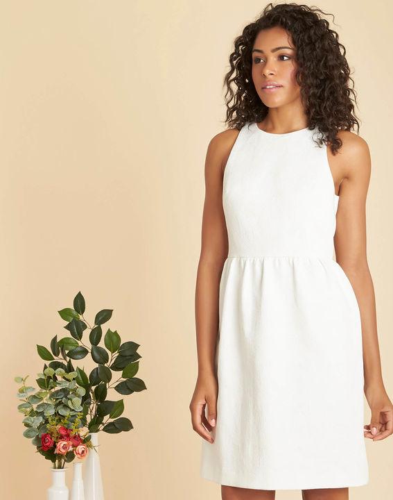 Witte jurk met jacquardmotief Inatalia PhotoZ | 1-2-3