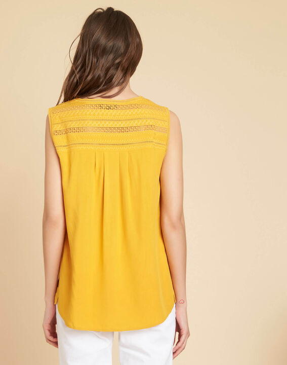 Geden yellow V-neck embroidered top (4) - 1-2-3