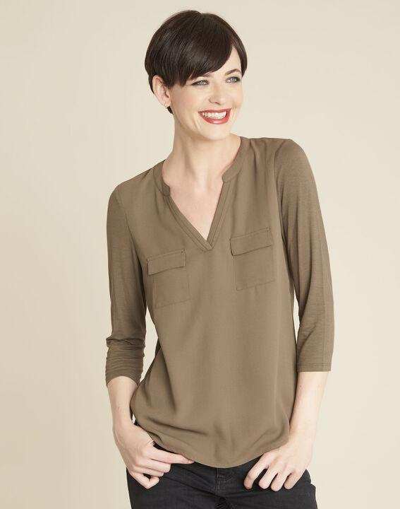 Khakifarbenes T-Shirt im Materialmix mit Tunika-Kragen Genna PhotoZ | 1-2-3