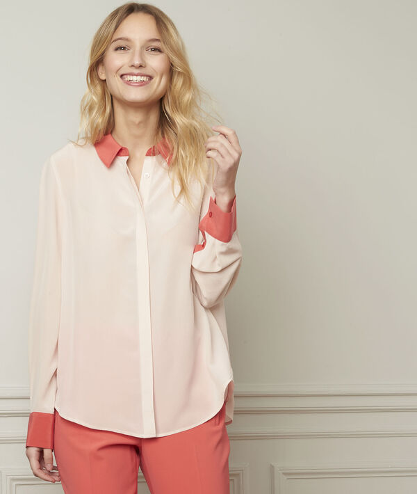 Poederkleurig overhemd met contrasterende kraag en mouwen van zijde Violene PhotoZ | 1-2-3