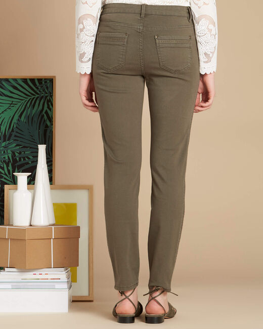 Vendôme 7/8 length khaki jeans with studded detailing (2) - 1-2-3