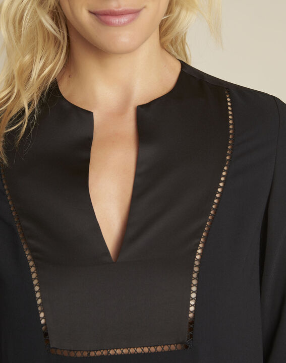 Carole black blouse with decorative neckline (3) - 1-2-3