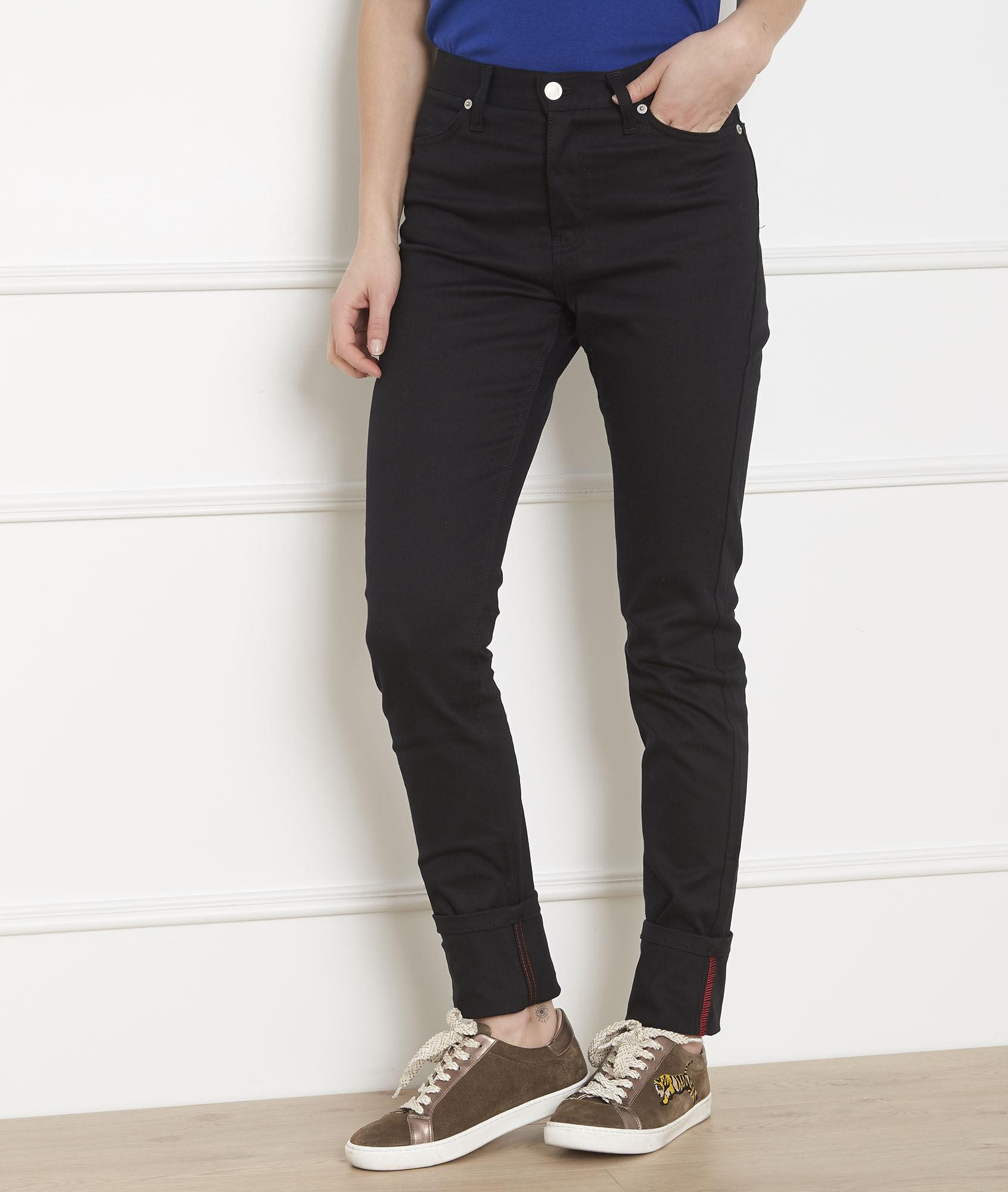 Schwarze Jeans in Slim Passform mit Aufschlag, Cathy