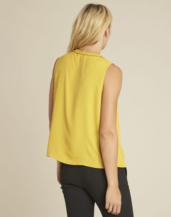Fanette yellow top with decorative neckline (4) - 1-2-3