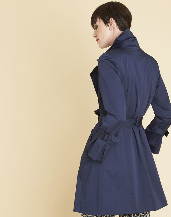 Elegant 3/4-length navy blue trench coat with contrasting trim (4) - 1-2-3
