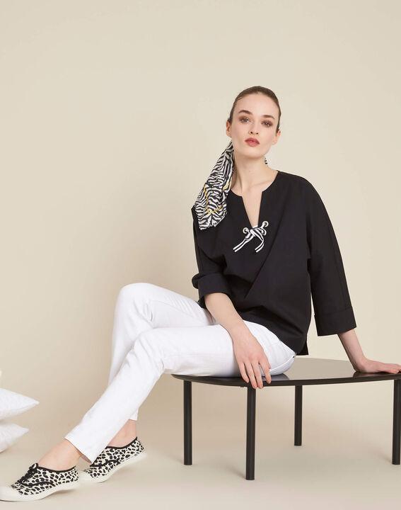 Zwarte blouse van popeline met lint Gianna (2) - 37653