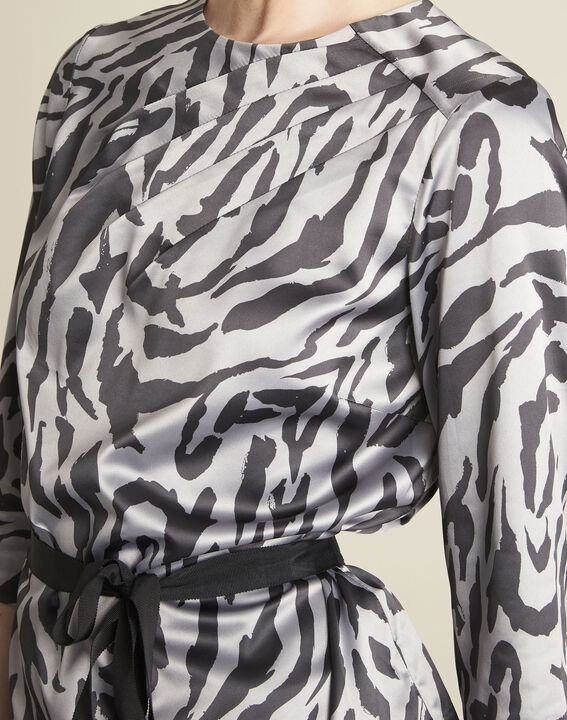 Camomille anthracite zebra print blouse (3) - 1-2-3