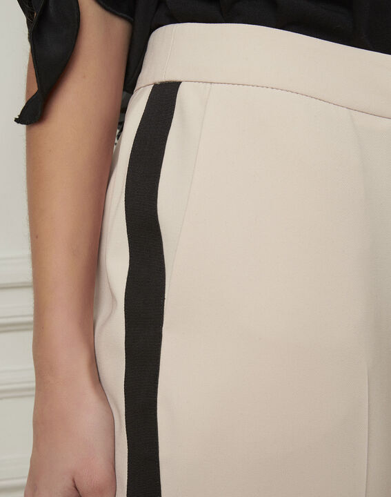 Pantalon crème bande noire microfibre Suzanne (4) - 1-2-3