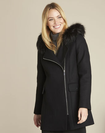Black wool coat with perfecto-style collar black.