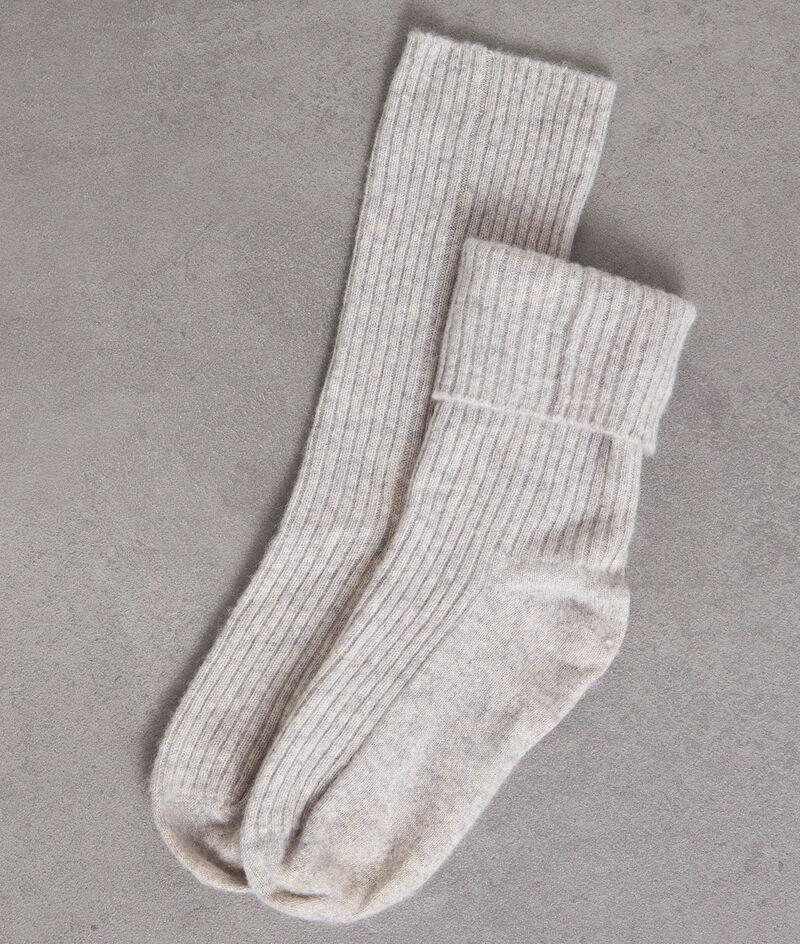 Chaussettes en cachemire côtelé gris clair Thevan PhotoZ | 1-2-3