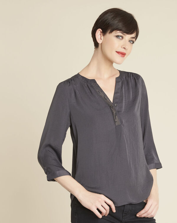 Cassy charcoal blouse with decorative neckline (1) - 1-2-3