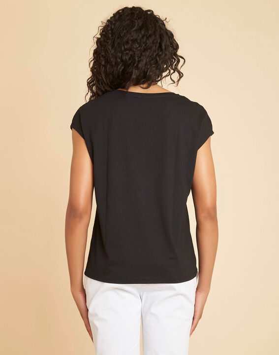 """Emilia black T-shirt with """"Chic"""" lettering (4) - 1-2-3"""