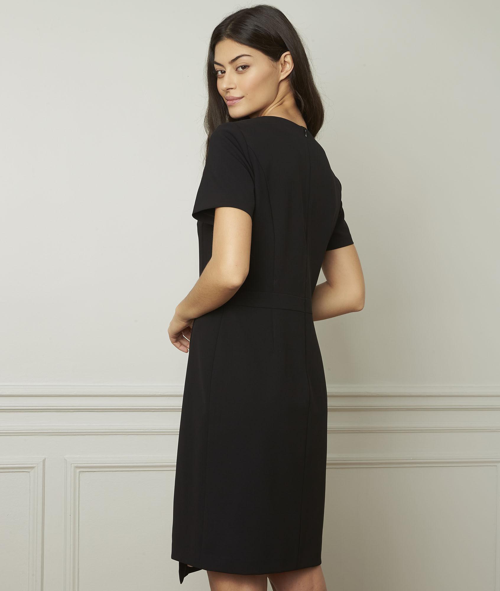 Maison Robe 123 Noire – Dentelle Robes Noires GraphiquesEn c3ARSjL45q