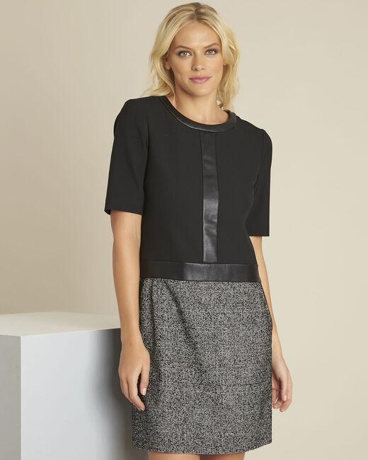 Zwarte jurk van twee soorten materiaal Dizzy (2) - 37653