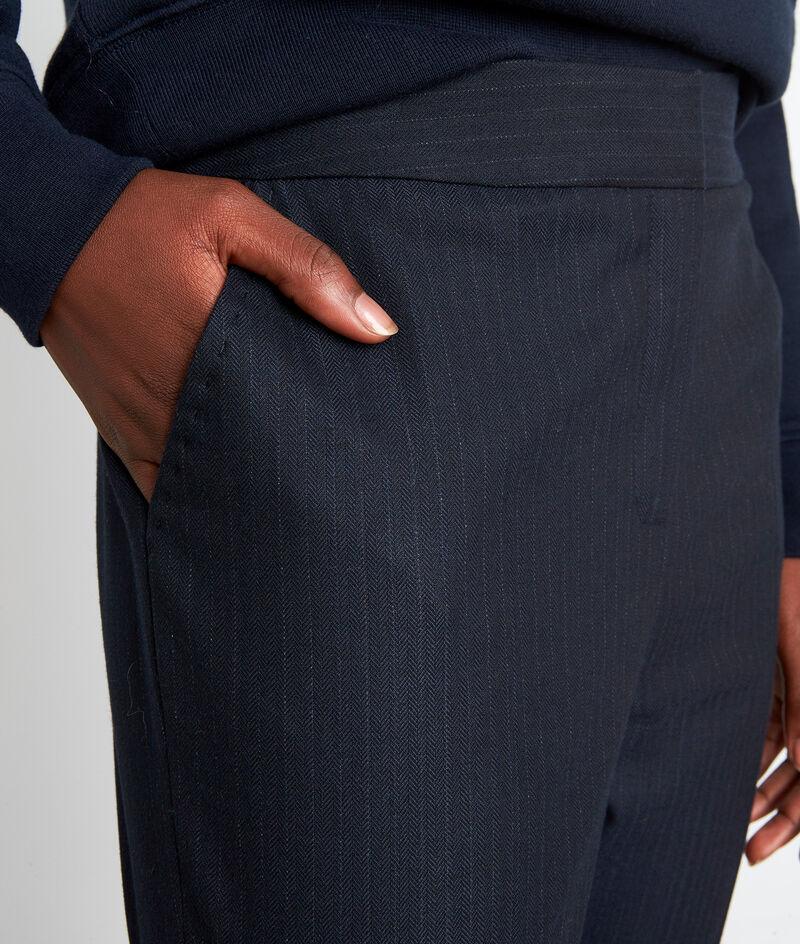 Pantalon ajusté à rayures fines bleu marine Felix  PhotoZ | 1-2-3