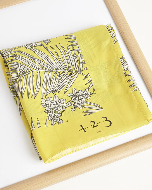 Ambrine yellow floral printed square scarf in silk (2) - 1-2-3