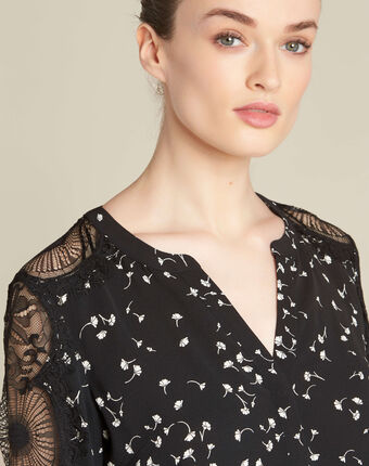 Black shirt with gingko print and guipure lace black.