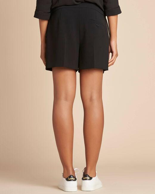 Sabi darted black shorts (2) - 1-2-3