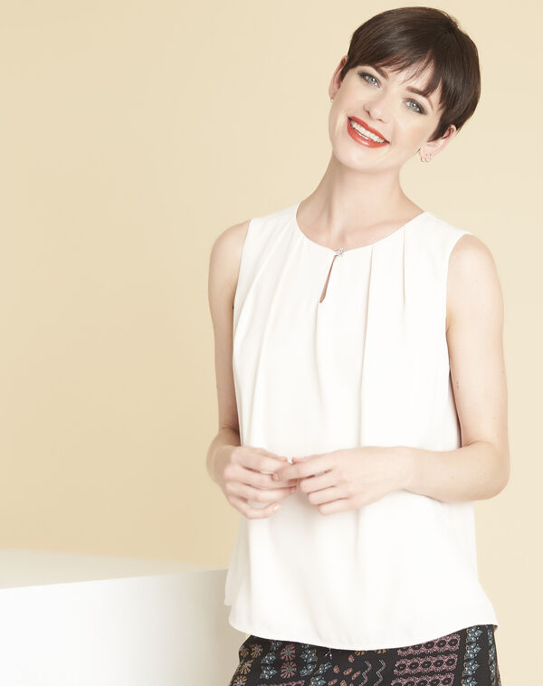 Fanette nude top with jewelled neckline (1) - 1-2-3