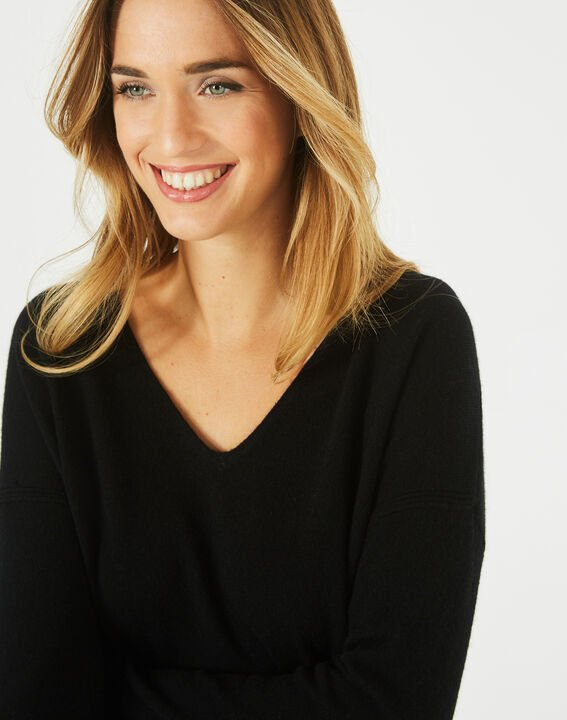 Piment black cashmere sweater with V-neck (2) - 1-2-3