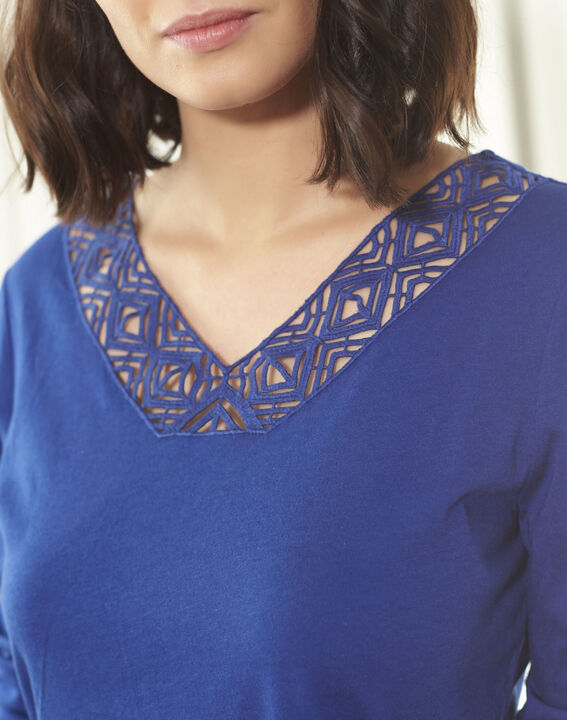 Guipure sapphite blue T-shirt with decorated neckline (3) - Maison 123