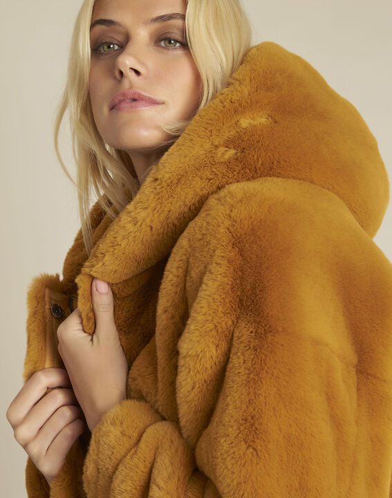 Emy yellow faux fur hooded coat (4) - 1-2-3