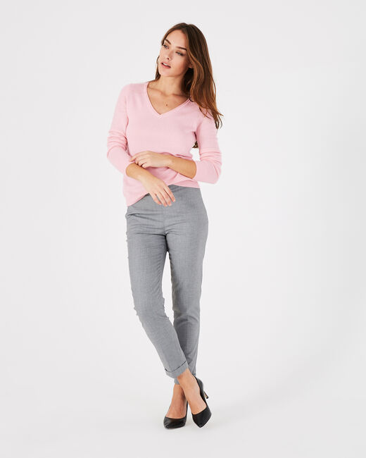 Pivoine pale pink V-neck sweater in cashmere (2) - 1-2-3