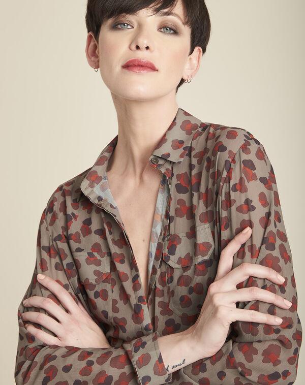 Lichtgroene blouse met camouflageprint Canelle (2) - 37653