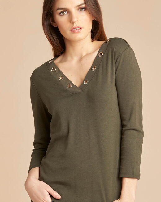 Basic khaki T-shirt with rounded neckline and eyelets (2) - 1-2-3