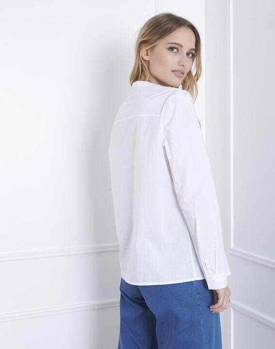 Ecrufarbene Bluse mit besticktem Plastron Vahina (4) - Maison 123