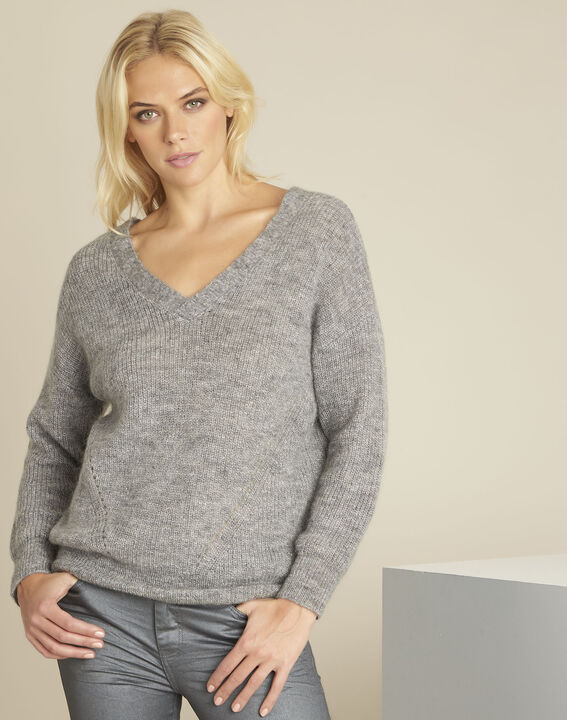 Baloon grey wool mohair pullover with V-neck PhotoZ | 1-2-3