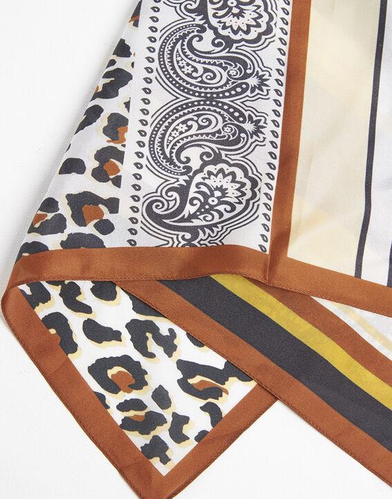 Carré de soie ambre imprimé animal et graphique Famy (2) - 1-2-3
