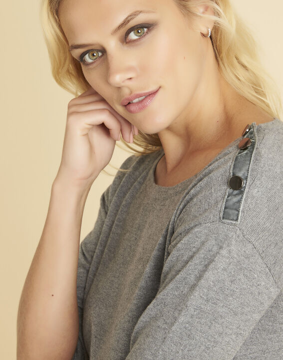 Betty grey sweater with decorative detailing on the shoulders (3) - 1-2-3