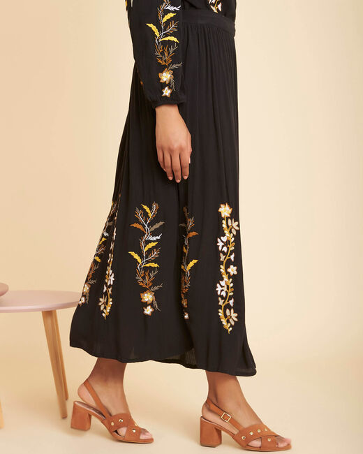 Lucy long embroidered black skirt (2) - 1-2-3