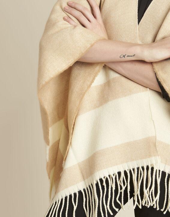Fadila camel fringed poncho (2) - Maison 123