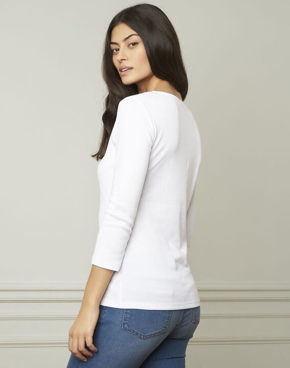 Basic white T-shirt with V-neck eyelet neckline (3) - 1-2-3