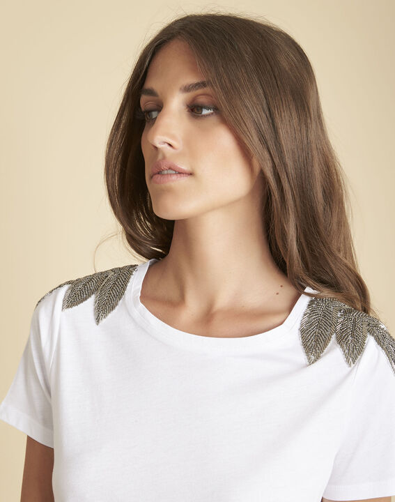 Epique white T-shirt with embroidered detailing on the shoulders (3) - Maison 123